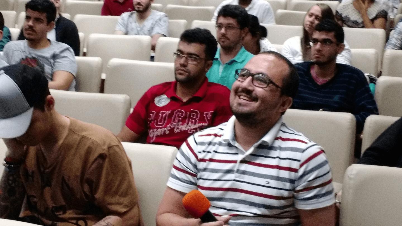 Os participantes no evento realizaram excelentes perguntas ao Dr. Paulo Pagliusi.