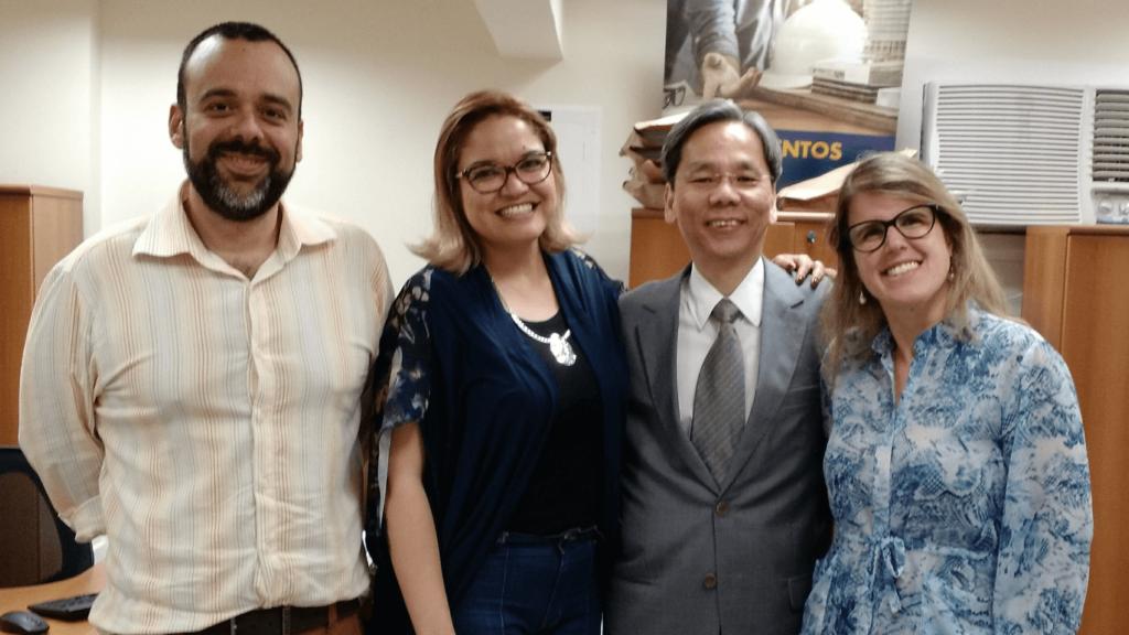 """O Prof. Dr. Eng. Fernando Hideo Fukuda, CEO na Fukuda Solutions, Coordenador do Curso de Engenharia da Computação e doCurso de Ciência da Computação e Professor no Campus Tijuca da UVA, co-organizou o Workshop """"Carreira à Prova de Crise""""."""