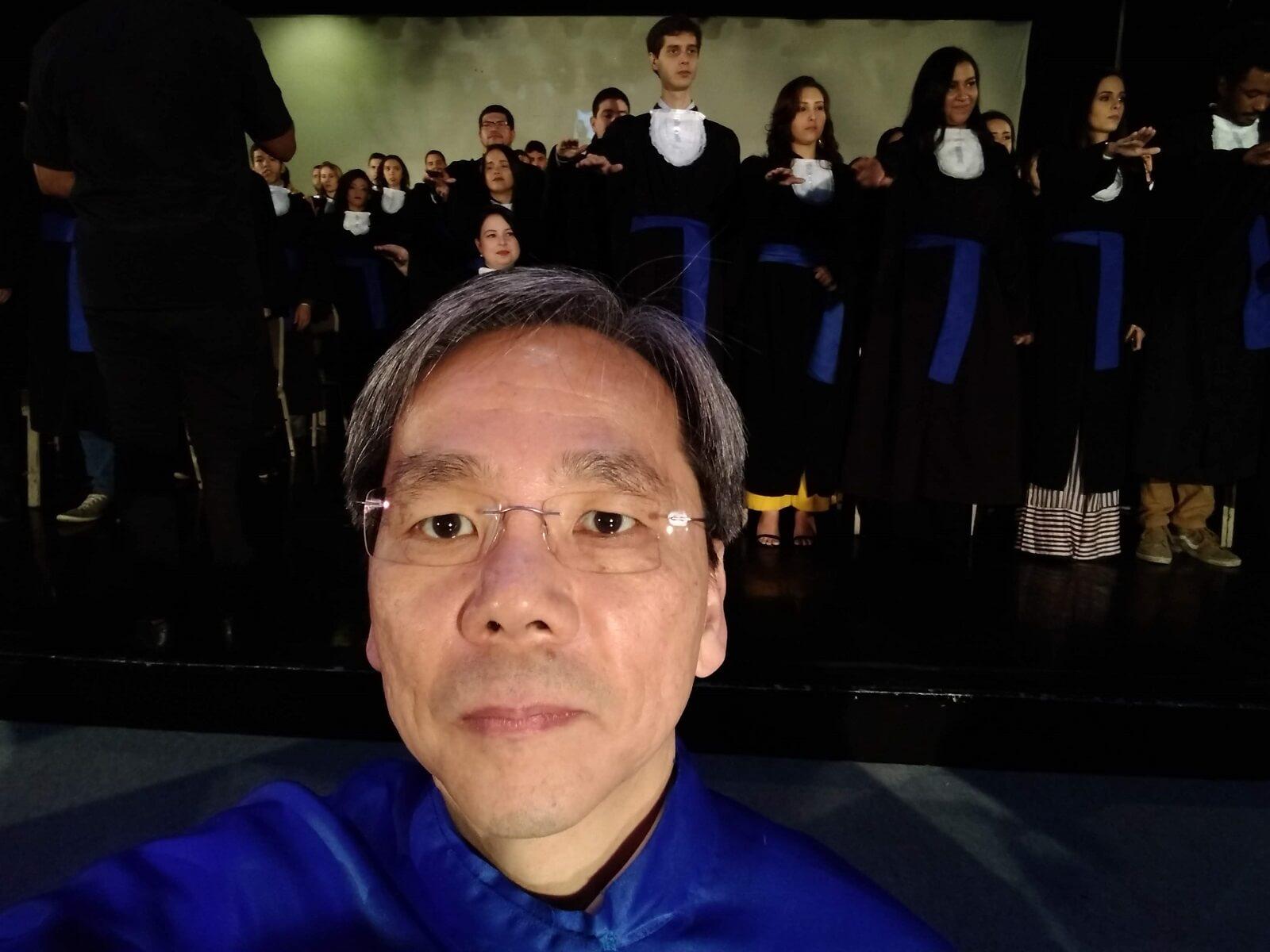 O Prof. Dr. Fukuda acompanhou os juramentos dos Formandos, momento solene de compromissos e responsabilidade deles, como cidadãos e profissionais, perante o mercado e a sociedade.