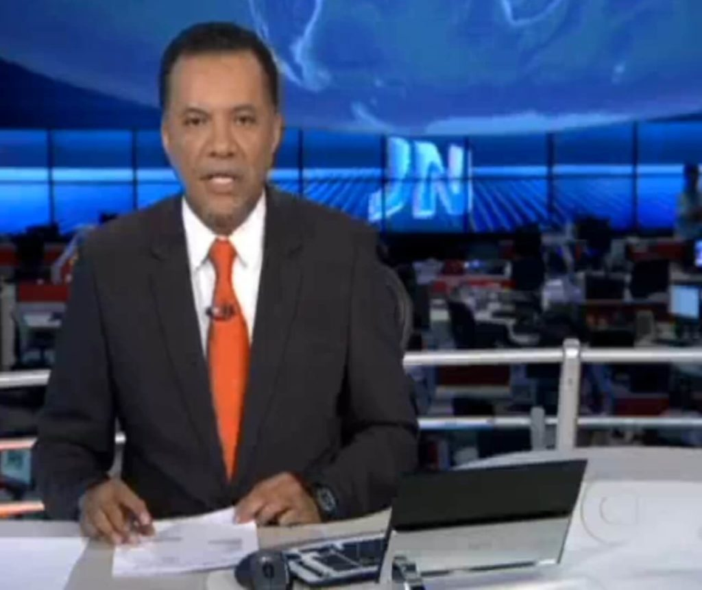 O Sistema Web e o Cadastro Nacional de Notificações de Implantes e Explantes de Próteses Mamárias (CNIM), desenvolvido pelo Prof. Dr. Fukuda para a SBCP, foi apresentado no Jornal Nacional da Rede Globo de Televisão.
