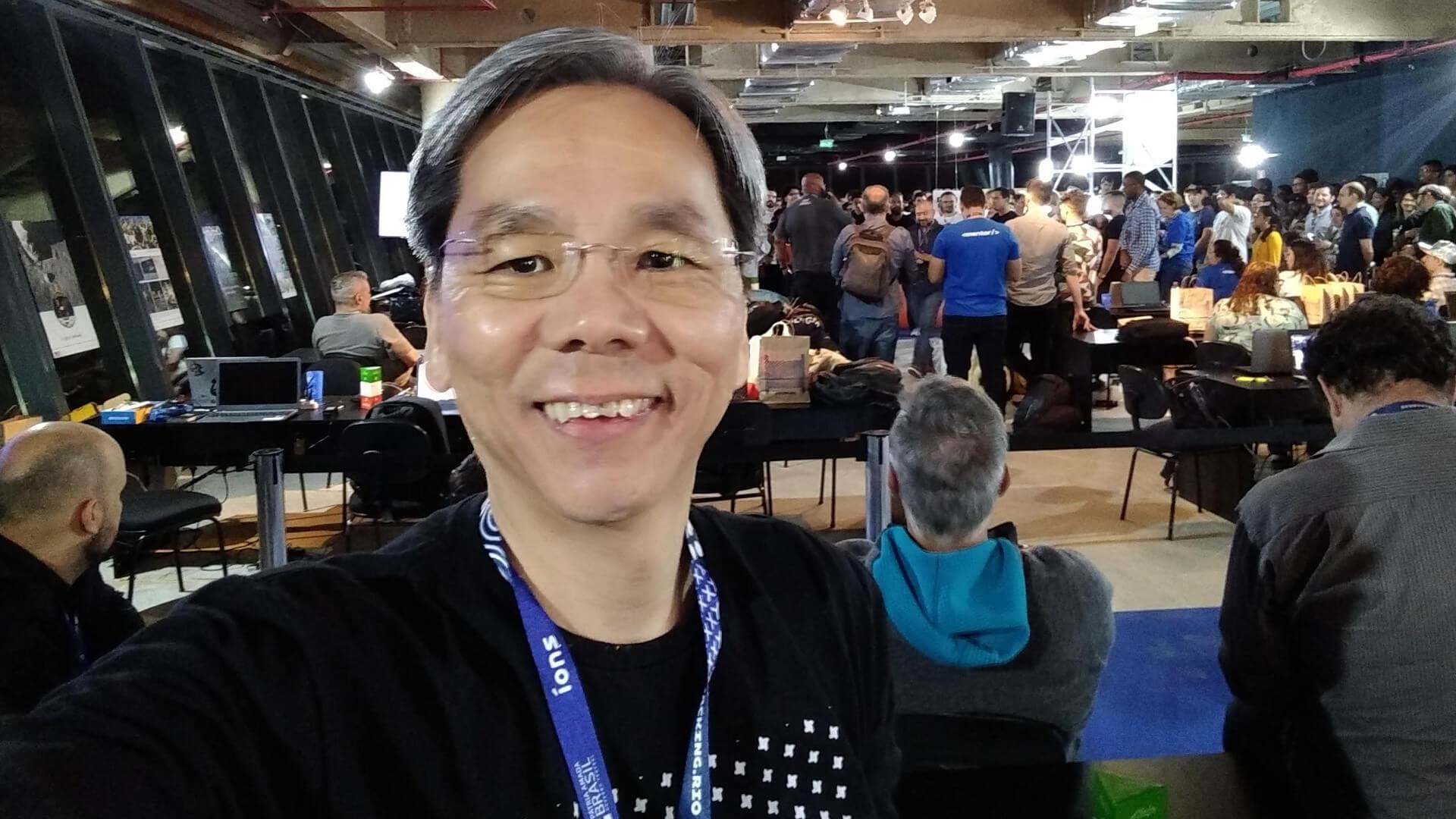 Tive a satisfação em curtir a concentração dos mais de 600 hackers na abertura do hackathon.