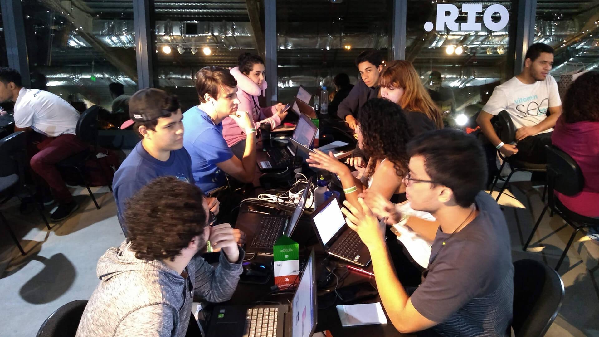 Os 2 Times da Equipe de Robótica RedBone UVABots começaram os planejamentos e alinhamentos logo após a mentoria inicial.